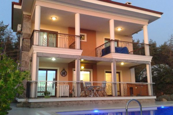 Deluxe five bedroom villa for sale in Calis, Fethiye - £189,000