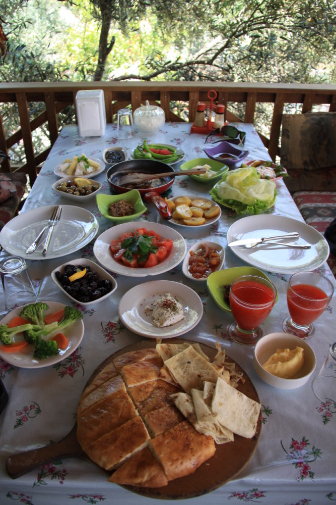 Breakfast at the Yörük Müzesi in Kargı