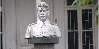Bust of Stalin outside his home, Batumi, Georgia www.fethiyetimes.com