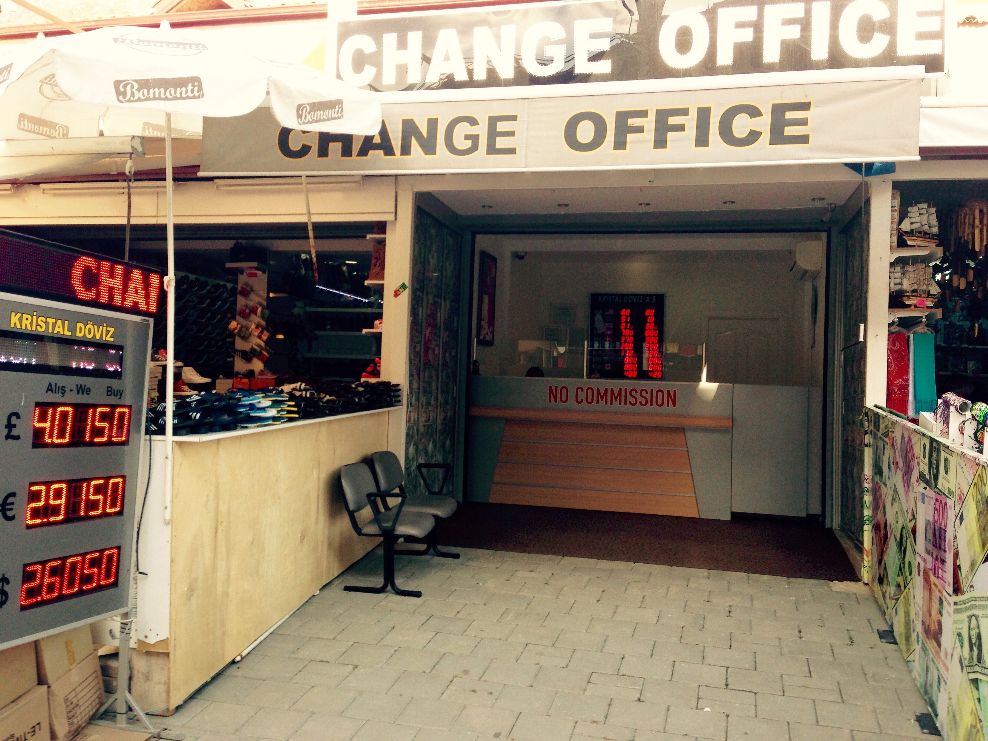 A typical Turkish holiday resort change / exchange office