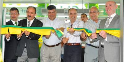 The opening of the new Tesco Kipa store on Tuesday 1st June drew large crowds to witness the first hypermarket in Fethiye.