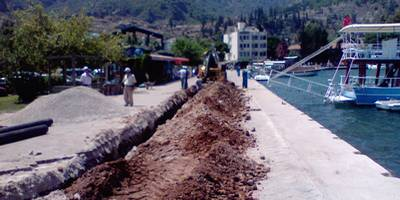 The Mayor of Fethiye, on a tour of the completed project, praised FESKI (the Council's water and sewage wing) for managing to complete the project in a mere 11 days rather than the 15 days that had been allocated.