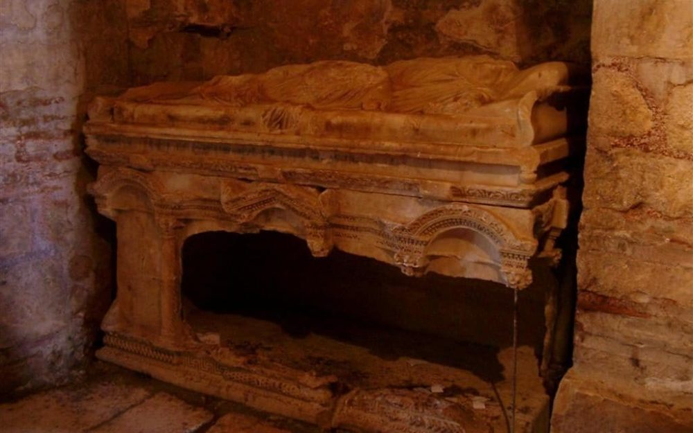Could the remains of Santa Claus be in this Turkish church?