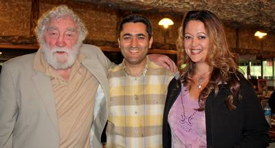 [Left to right] Dr. David Bellamy, Yakup Kaska and Meryem Tekin at the Turtle fund raising event Dalyan, Turkey April 2010