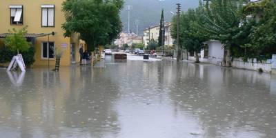 Parts of Fethiye looked like Venice today as a thunder storm lashed the area with torrential rain. www.fethiyetimes.com