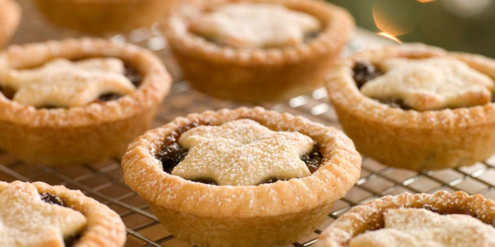 Mince pies should have a star on top depicting the Christmas star that led the three wise men and the shepherds to baby Jesus