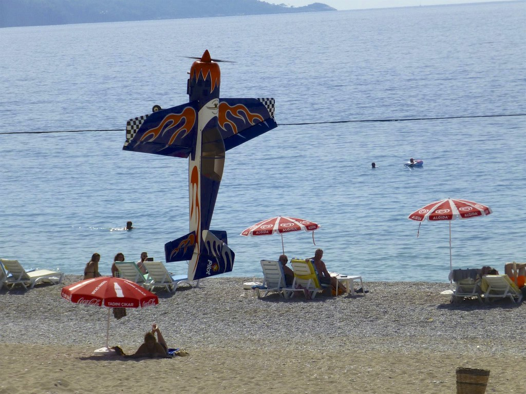 Remote controlled aeroplane doing stunts at the Ölüdeniz Air Games - Photo courtesy of Angela Sowton