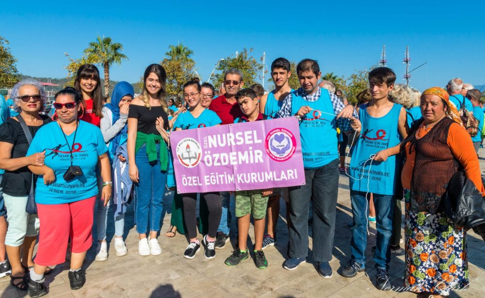 aşam İçin Yarış (Race For Life Turkey) - Fethiye, runs, jogs and walks for life for the fourth year