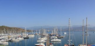 Reduced!! one bedroom apartment for sale overlooking Fethiye Marina, Karagözler - 55,000 GBP