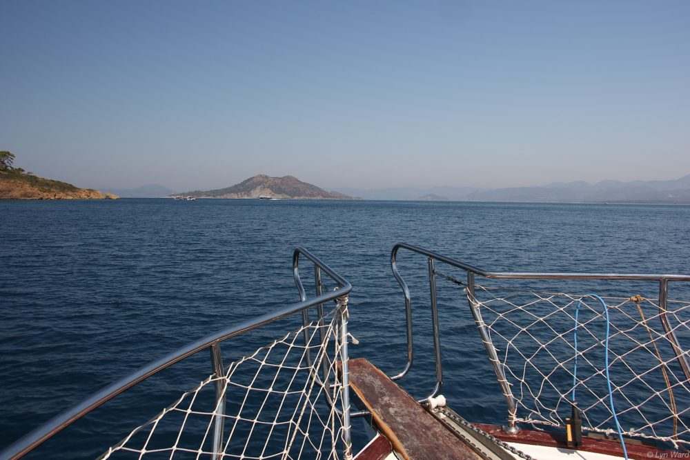 Heading out to Boncuklu Bay