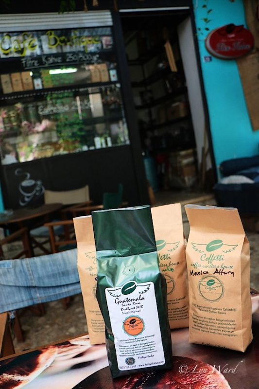 Köşe Kahve - a coffee shop and roastery with individual style