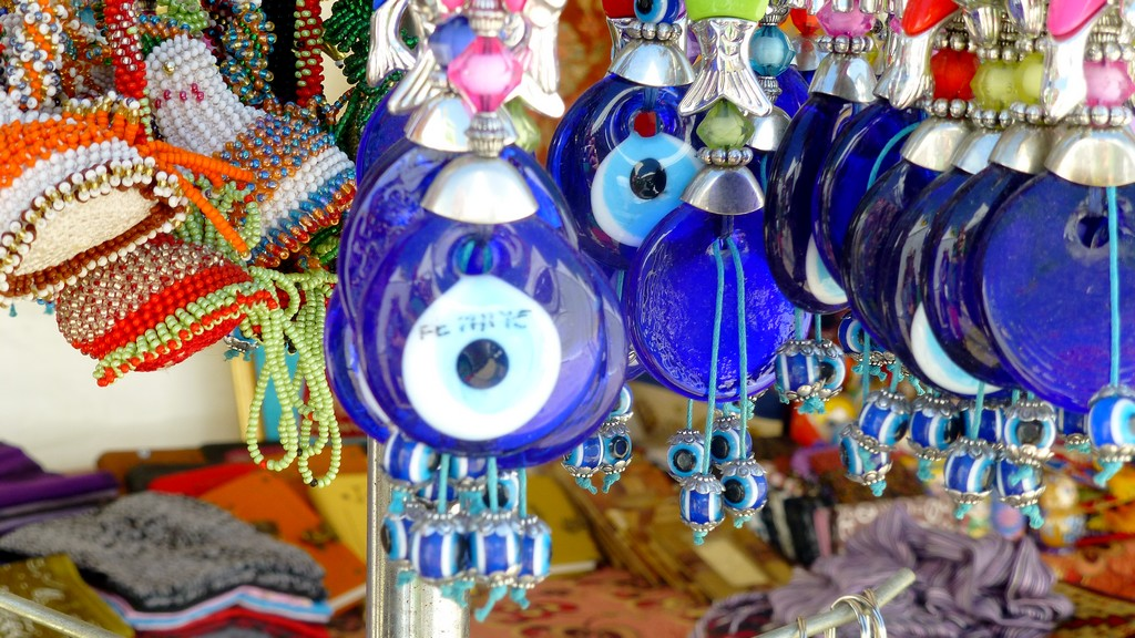 Stalls selling trinkets have also opened at the Fethiye Arts and Culture location in Beskaz Square, Fethiye.