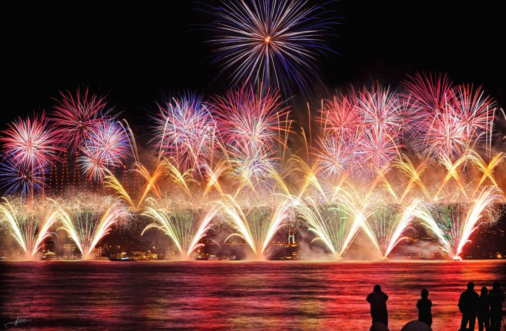 New Year's Eve celebrations in Turkey are festive and joyous.