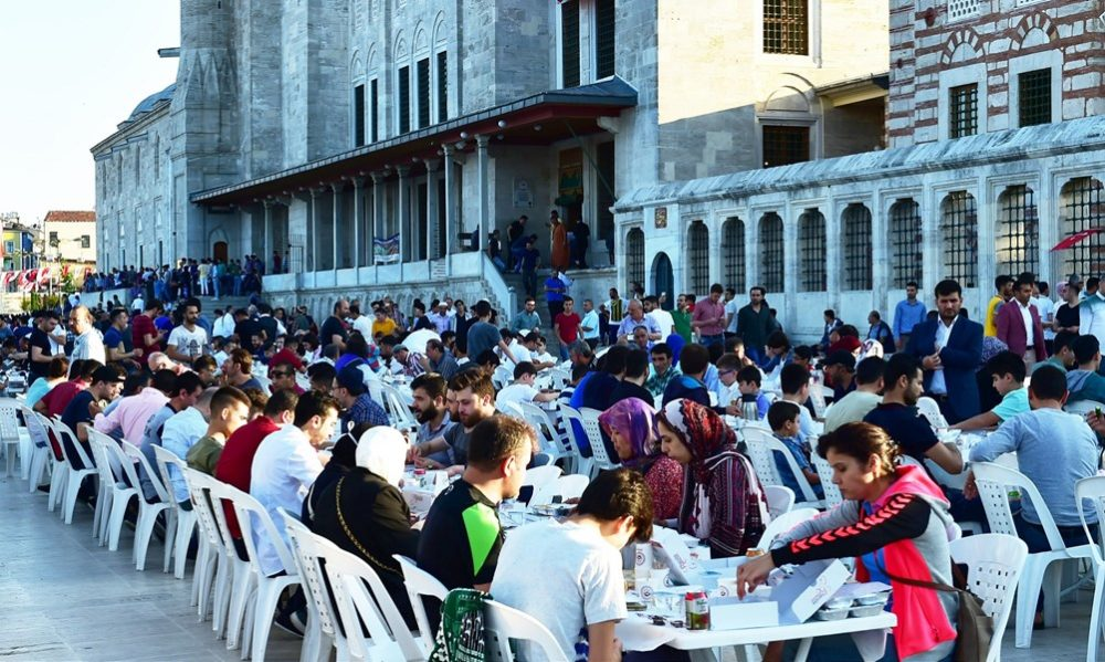 From early morning prayers to beach holidays - a round up of Ramazan Bayramı