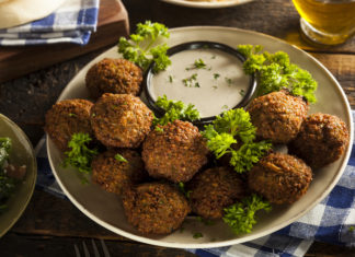 Make your own perfectly crispy Falafel