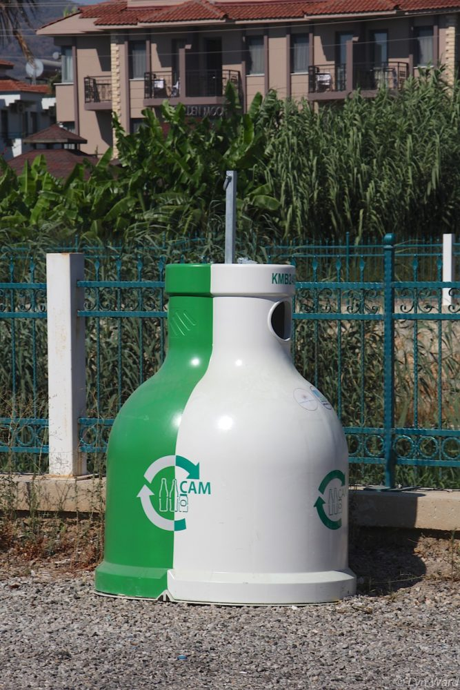 New glass recycling bin in Çalış