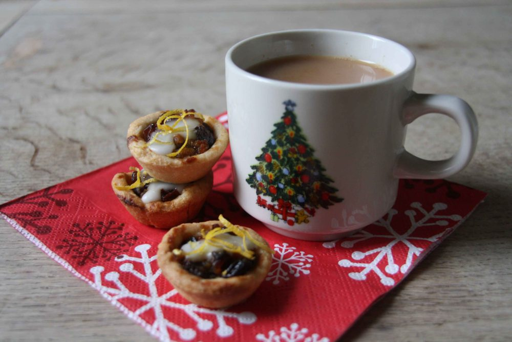 mini-lemon-almond-mince-pies